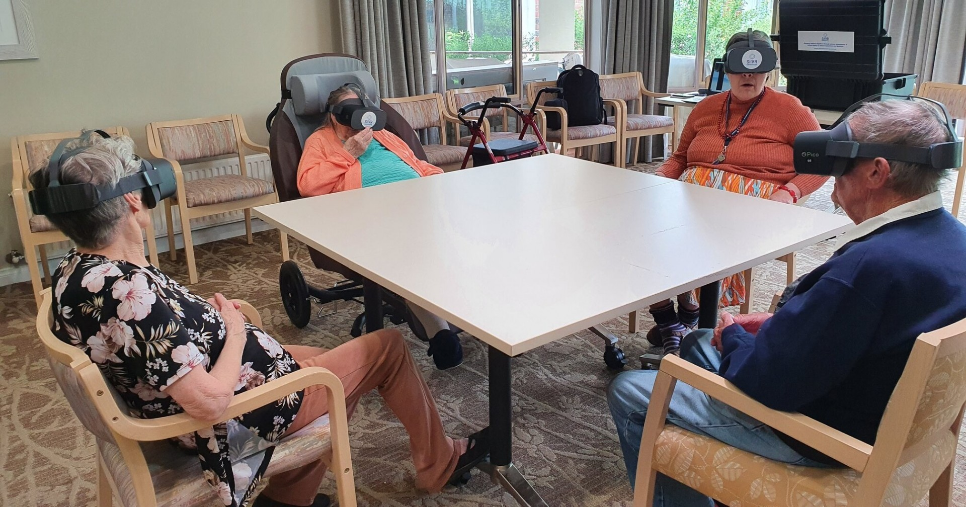 Travelling The World With VR (Daily Care)
